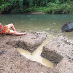 Survival Skills - Creative Fishing Digging Earth Holes On Large Fish Traps - Fish Traps for Survival