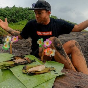 CATCH AND COOK TROPICAL ISLAND STYLE.. this is the best way to cook fish! INSANE FISHING! EP 41